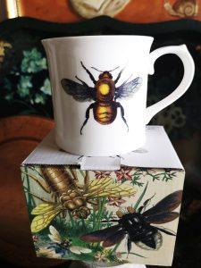 Forse è un'ape, forse no