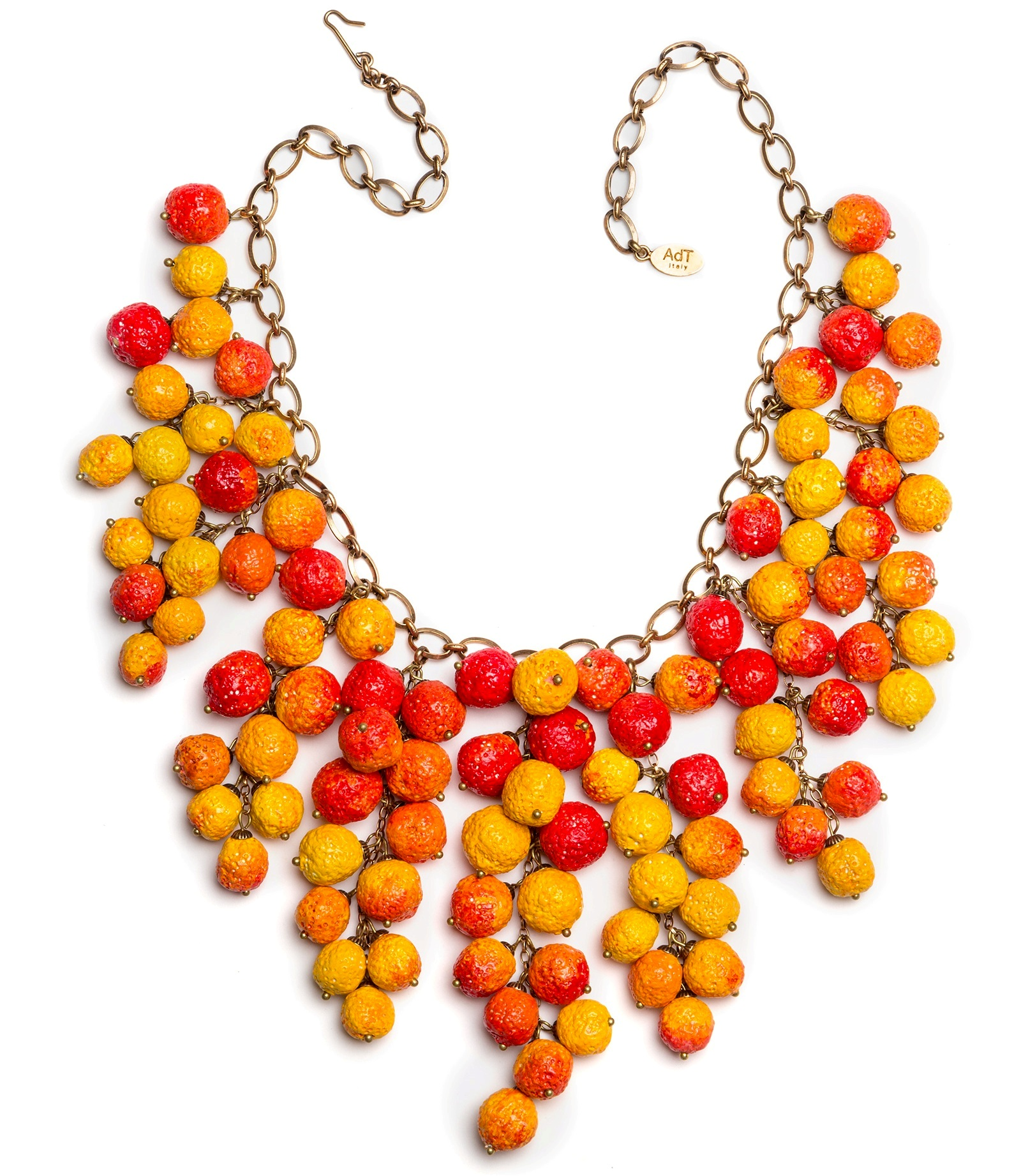 arbutus necklace