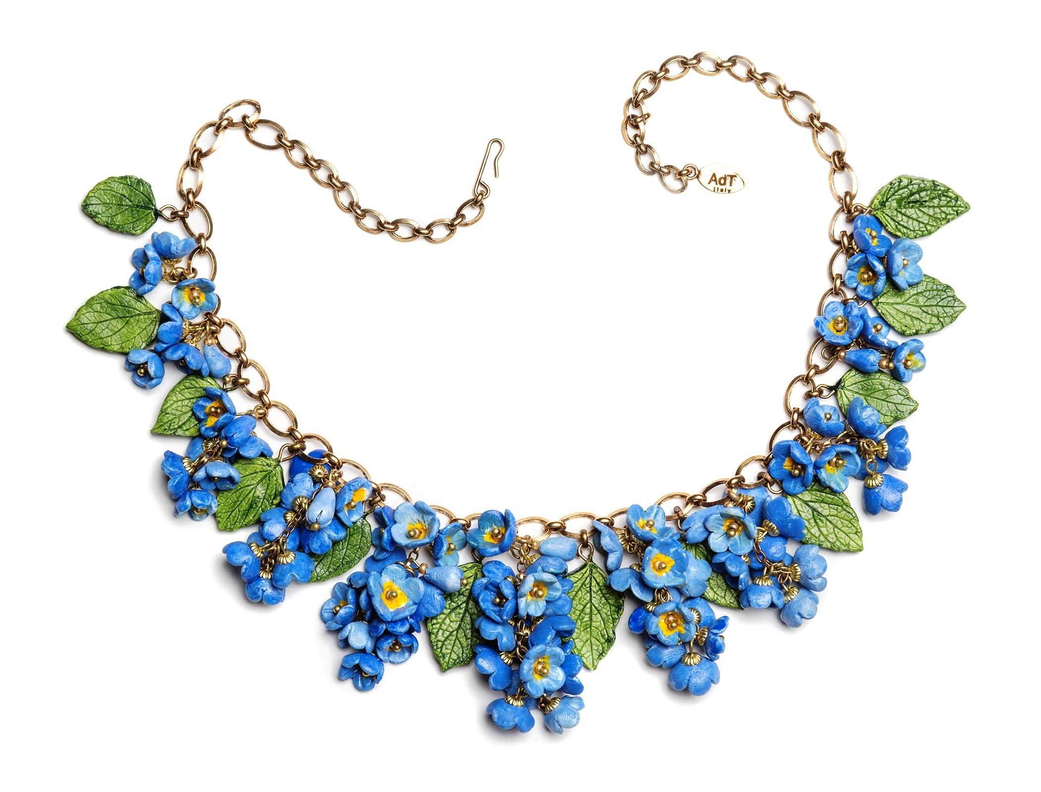 Forget Me Not (Myosotis sylvatica) necklace